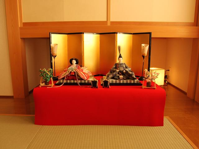 ひな人形飾り例
