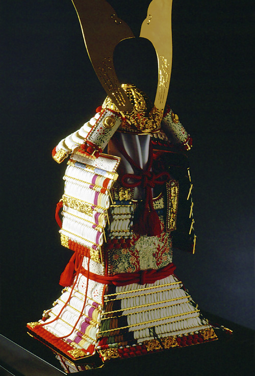 鎧秀作 白糸褄取威大鎧